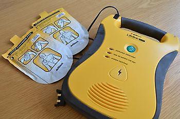 Cursus reanimatie i.c.m. AED M&F-Security Beveiliging in Groningen